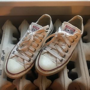 White converse 70 low tops